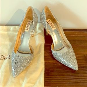 Beautiful, Sparkly Badgley Mischka Pumps